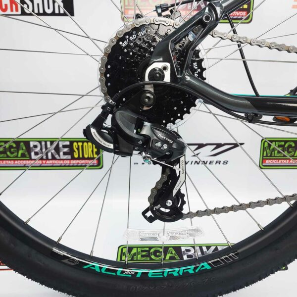 Bicicleta-guayaquil-mtb-montañera-talla-mega-bike-store-bike-shimano-gt-aluminio-aro29-verde-gris-aggressor.