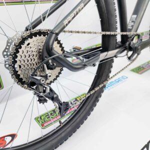 Bicicleta-guayaquil-mtb-montañera-talla-mega-bike-store-bike-shimano-raptor-aro-29-aluminio-negro-gris.
