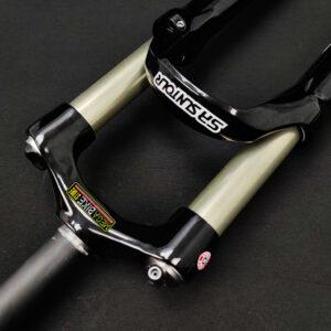 Bicicleta-guayaquil-mtb-montañera-talla-mega-bike-store-bike-shimano-suspension-de-aire-sr-suntour-raidon-aro-29