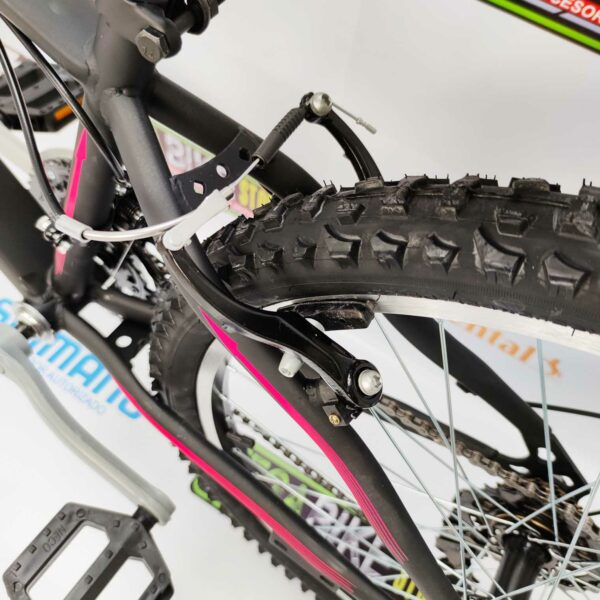 Bicicleta-guayaquil-mtb-montañera-talla-mega-bike-store-bike-shimano-williams-woman-bicicletas-aro-24-acero-negro-rosado